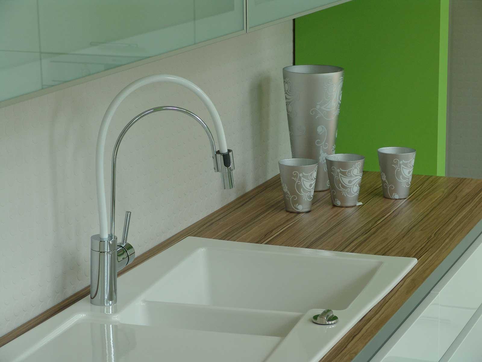 Jödicke Design - Showroom - Küche grün